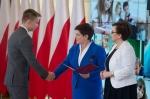 Chorzowski uczeń z dyplomem premier RP