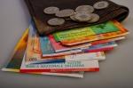 Kredyty frankowe, czy przewalutować?